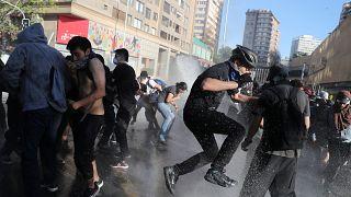Χιλή: 12 νεκροί εν μέσω παρατεταμένης κρίσης