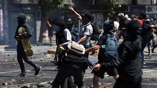 """Şili Devlet Başkanı Pinera'dan ülkedeki protestolara """"yeni toplum sözleşmesi"""" vaadi"""