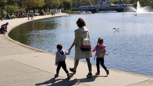 Magyarország lakossága fogy a legdrasztikusabban a Visegrádi Négyek közül
