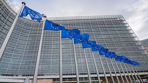 Κομισιόν: Μειωμένη για το 2019, αυξημένη για το 2020 η ανάπτυξη στην ελληνική οικονομία
