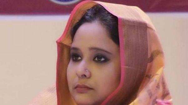 Bangladesh, deputata espulsa dall'università: avrebbe pagato 8 sosia per fare gli esami al posto suo
