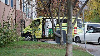 فرد مسلحی که یک دستگاه آمبولانس را در اسلو ربوده بود به دام پلیس نروژ افتاد