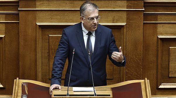 Συμφωνία στην διακομματική για την ψήφο των αποδήμων