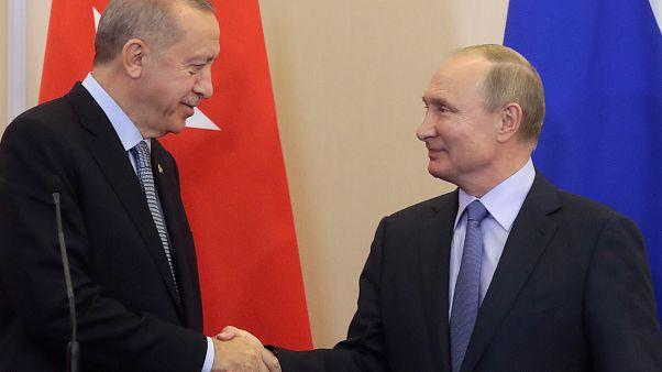 """Erdoğan fala em """"acordo histórico"""" para patrulhar nordeste da Síria"""