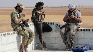 Putyin kitolta a tűzszünetet Szíriában, de nem a kurdokat félti