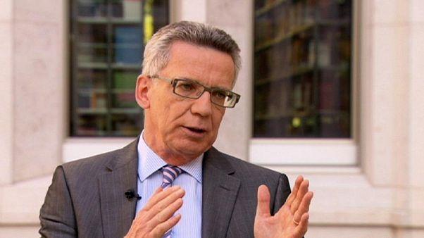 """Kriegsminister"" - Lesung von de Maizière geplatzt"