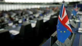 القادة الاوروبيون يوافقون على إرجاء بريكست من دون قرار في شأن المدة الزمنية
