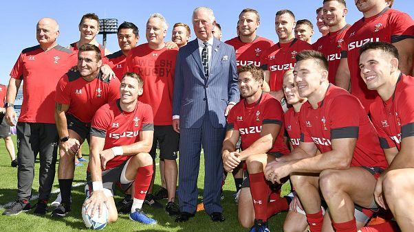 Prens Charles'tan Galler rugby takımına moral ziyareti