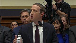 """""""Libra""""-Währung: Zuckerberg muss sich erklären"""