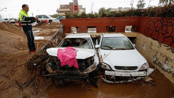 Σφοδρές βροχοπτώσεις σε Ισπανία και Ιταλία