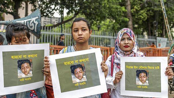 Bangladeş'te taciz şikayetini geri çekmeyen genç kadını yakan 16 kişiye idam cezası