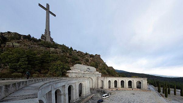 جسد فرانکو، دیکتاتور پیشین اسپانیا نبش قبر شد
