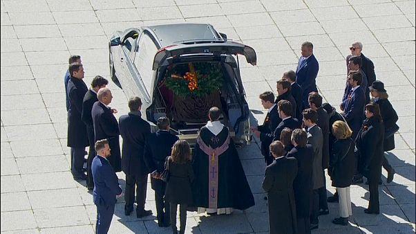 Restos mortais de Franco transladados do Vale dos Caídos