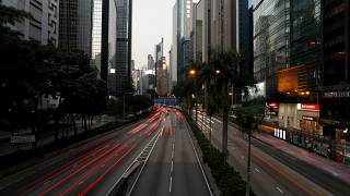 Hong Kong'da bir milyarder otomobiline park yeri almak için 1 milyon dolar ödedi
