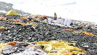 Эверест: самая высокая в мире свалка