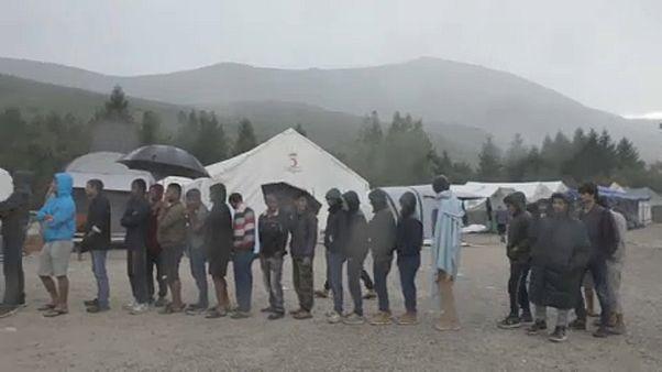 Humanitárius válság fenyeget a bosnyák-horvát határon egy táborban