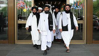 رونمایی از عکسهای بَزَک کرده مردان طالبان