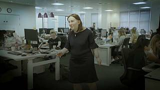 مخاطر تهدد الصحة الذهنية والبدنية لموظفي المكاتب إذا لم تتغير ظروف عملهم