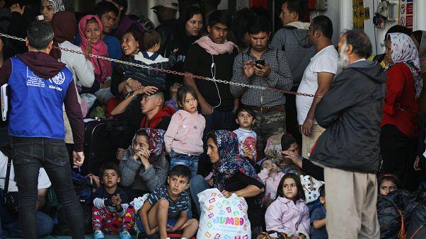 وصول مهاجرين إلى جزيرة ساموس اليونانية