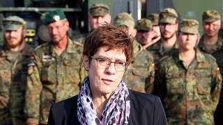Alman Savunma Bakanı: Türkiye, NATO'ya sunulan uluslararası güvenli bölge planını destekledi