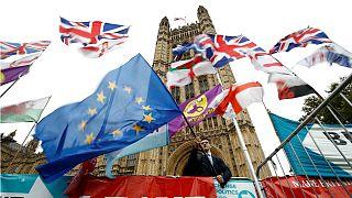 اتحادیه اروپا با درخواست تعویق برکسیت موافقت کرد اما مدت تعویق اعلام نشد