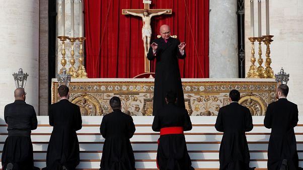 A papi cölibátus és a nős papok az egyik központi kérdése a héten véget érő vatikáni találkozónak