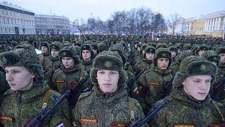 Rusya'da cinnet geçiren bir asker 7 asker arkadaşını vurarak öldürdü