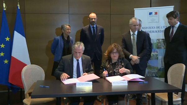 Lubrizol : les conventions d'indemnisations ont été signées en présence d'E.Philippe