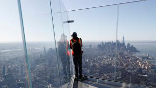 Üvegfalú kilátóterasz nyílik egy New York-i felhőkarcolón