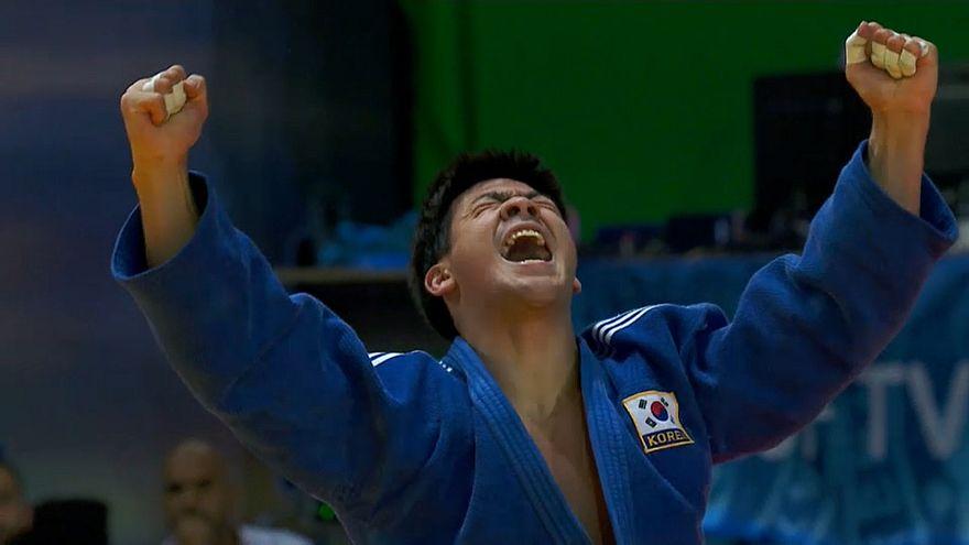 Lee Moon Jin protagonista de la segunda jornada del Grand Slam de Abu Dabi