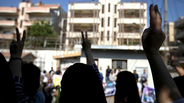 Türkiye'de yaşayan Suriyeli Kürtler: Güvenli bölgede Türk askeri yok ki dönelim