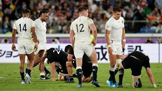 Rugby Dünya Kupası'nda İngiltere yarı finalde favori takım Yeni Zelanda'yı tahtından etti