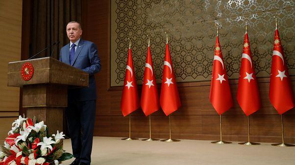 Ismét a szíriai menekültek Európába engedésével fenyegetőzött Erdogan