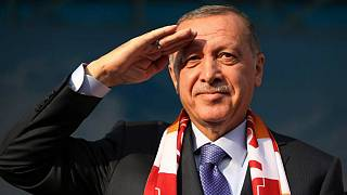 نشریه فرانسوی اردوغان را «نابودگر» خواند؛ آنکارا لوپوئن را به دادگاه میکشاند