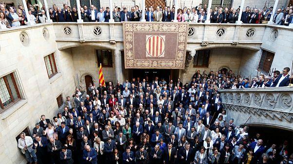 هزار شهردار و مقام محلی کاتالونیای اسپانیا خواستار حق تعیین سرنوشت منطقه خود شدند
