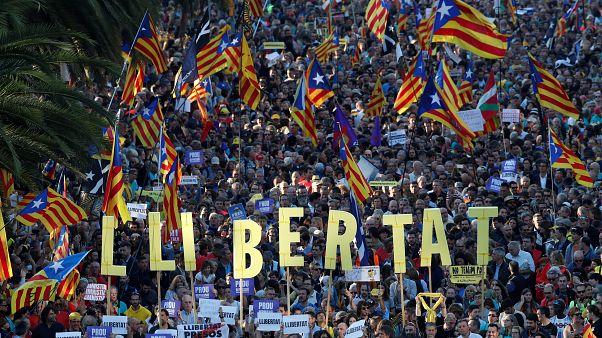 Marcha pelas ruas de Barcelona