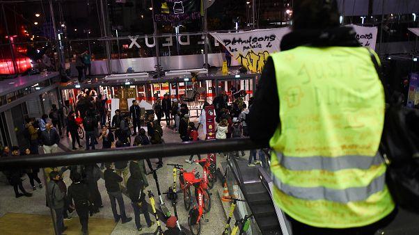 Fransa'da Sarı Yelekliler gösterileri 50. haftasında