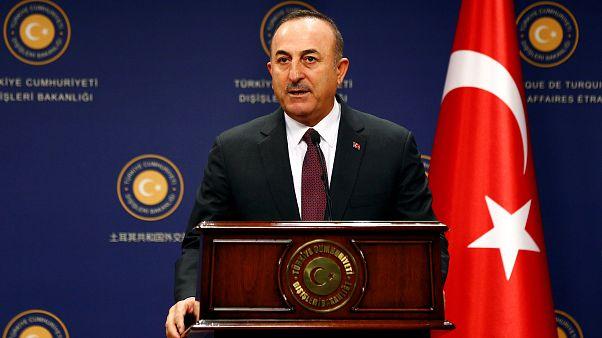 أوغلو يهدد بعملية تركية عسكرية جديدة في شمال شرق سوريا