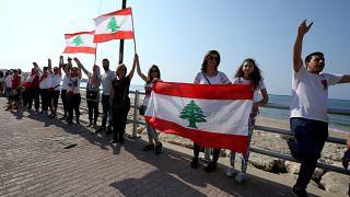 Τεράστια ανθρώπινη αλυσίδα στον Λίβανο