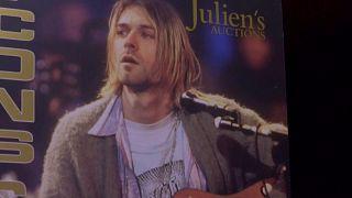 Un gilet de Kurt Cobain vendu aux enchères pour près de 300 000 euros