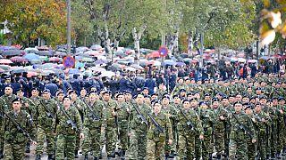 Πεζοπόρα τμήματα παρελαύνουν στη Θεσσαλονίκη, 28 Οκτωβρίου 2017