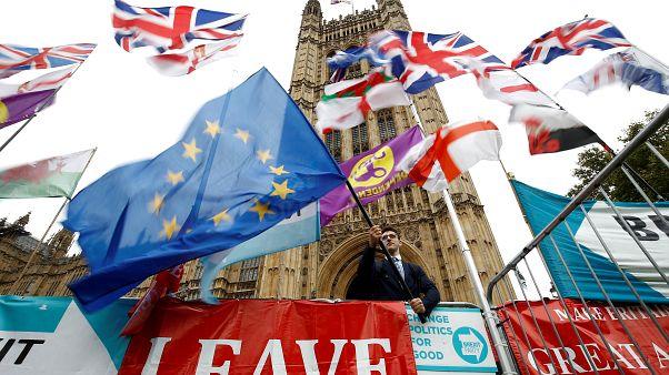 اعضای اتحادیه اروپا با تمدید مهلت برکسیت تا پایان ژانویه ۲۰۲۰ توافق کردند