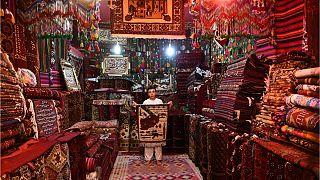 از رنج هنرمندان قالیباف افغان تا صادرات به آمریکا و اروپا