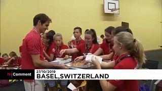 Együtt pizzázott a labdaszedőkkel Roger Federer
