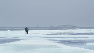 La fina capa de hielo del Ártico