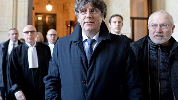 Elhalasztották Puigdemont kiadatási tárgyalását