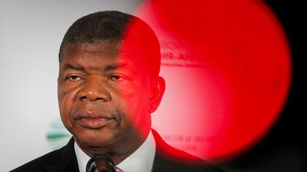João Lourenço exonerou também os embaixadores no Reino Unido e na Costa do Marfim