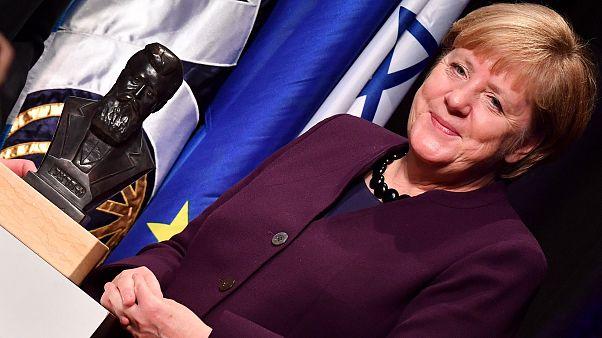 Merkel zsidó származású magyarról elnevezett díjat kapott