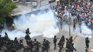 Acusaciones, armas y dinamita: qué está pasando en las protestas de Bolivia