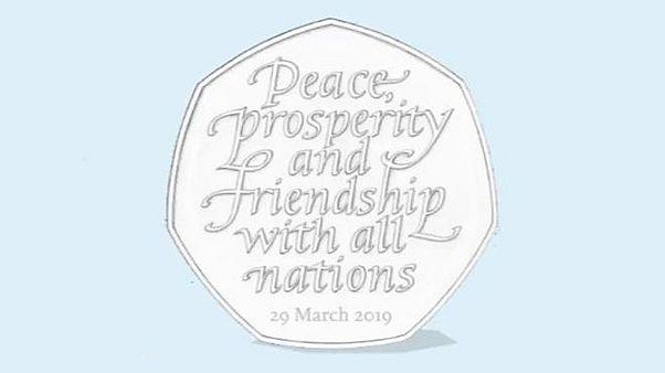 Il Regno Unito costretto a distruggere 10 milioni di monete commemorative per la Brexit